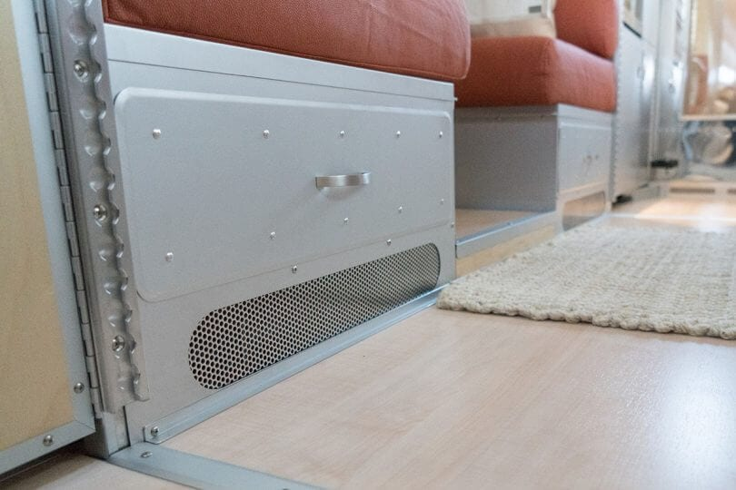 A Guide to RV Air Conditioners and Furnaces